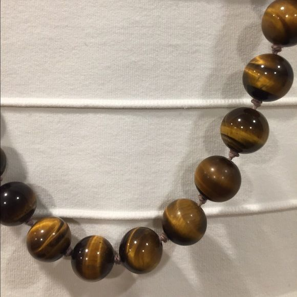 Authentic Tigers Eye Bead Necklace - Gold clasp Tiger eye beads with beautiful gold flower clasp. Clasp has diamond chip Jewlery Jewelry Necklaces