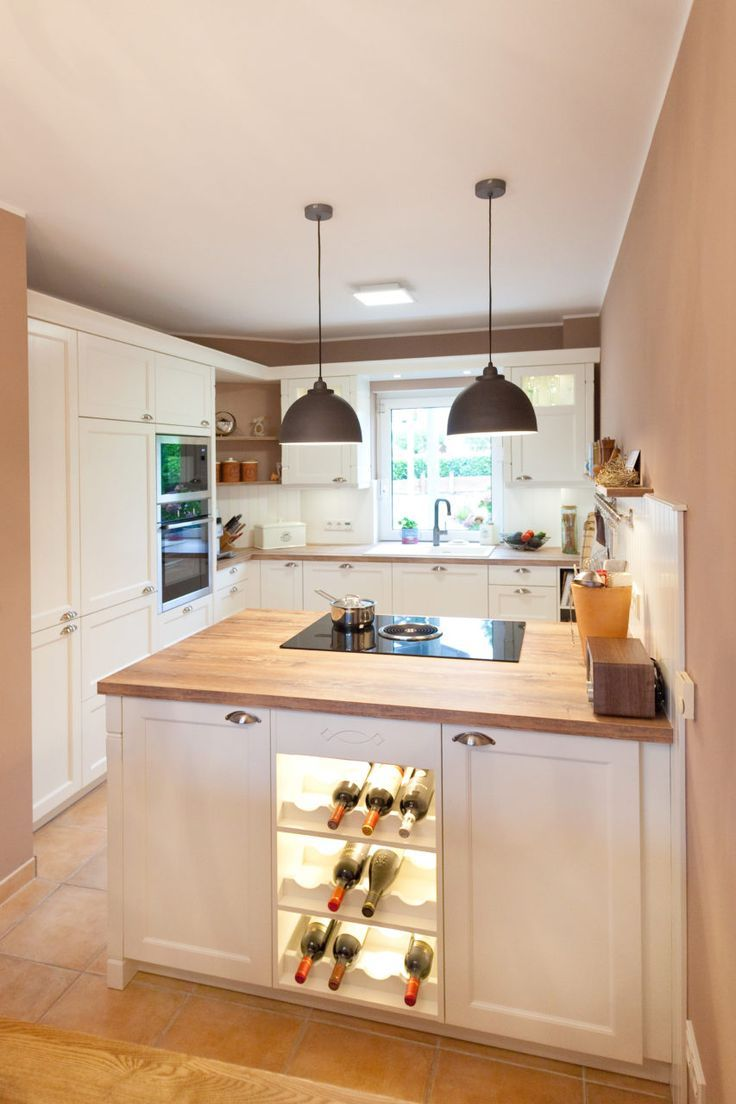 moderne landhauskueche wei klassisch holz kueche kochinsel inspiration einrichten und wohnen. Black Bedroom Furniture Sets. Home Design Ideas