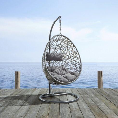 schicker h ngesessel in grau zum relaxen ein hit m bel. Black Bedroom Furniture Sets. Home Design Ideas