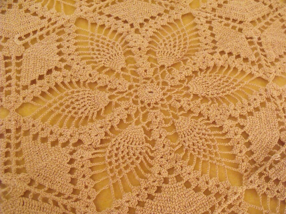 Vtg Antique Thread Crochet Taupe Floral Cottage Table Cloth 60x90  Hand Made