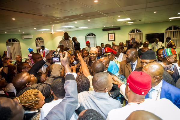 Ekpo Esito Blog: Photos:  Buhari meets with the Nigerian community ...