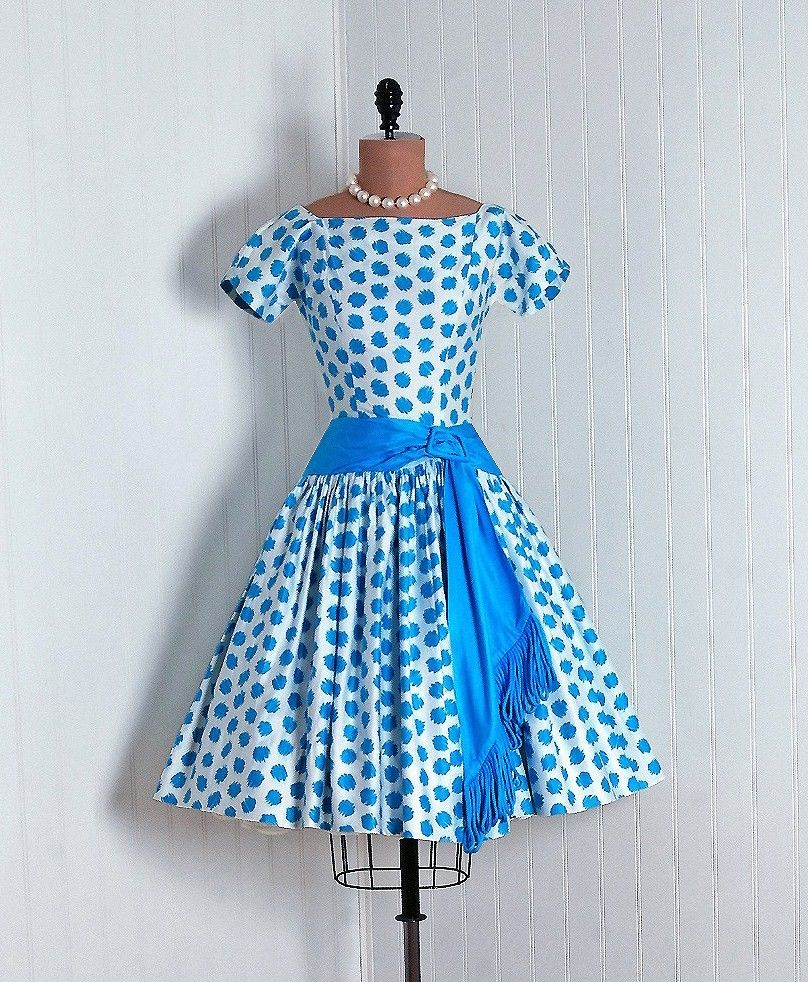 another garden party dress... a girl can never have too many ...
