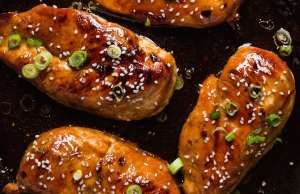 Need an easy dinner tonight? This super-simple recipes glazes chicken breasts…