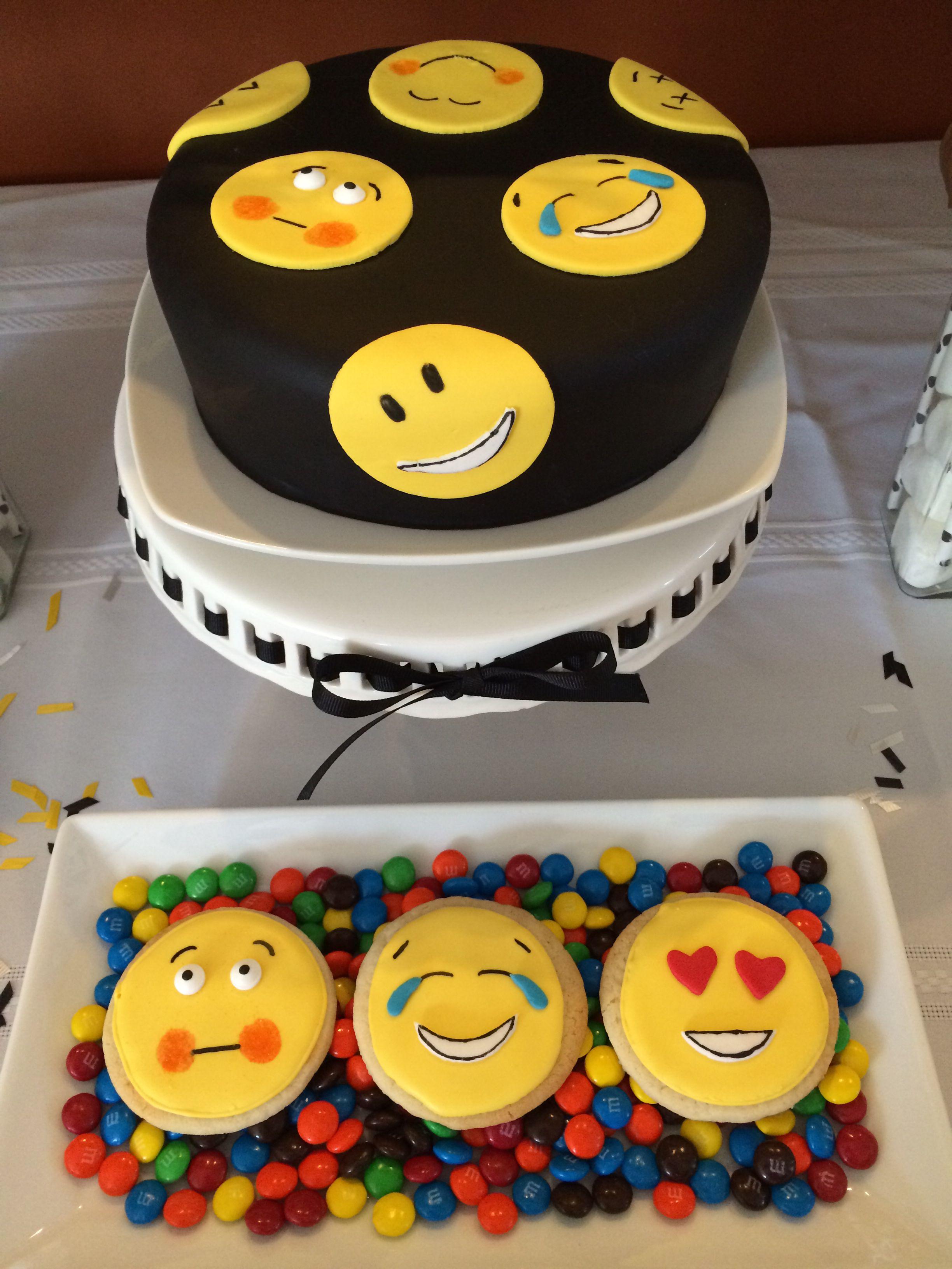 Cake Designs Emoji : Emoji Cake Emoji Pinterest Birthday Cakes