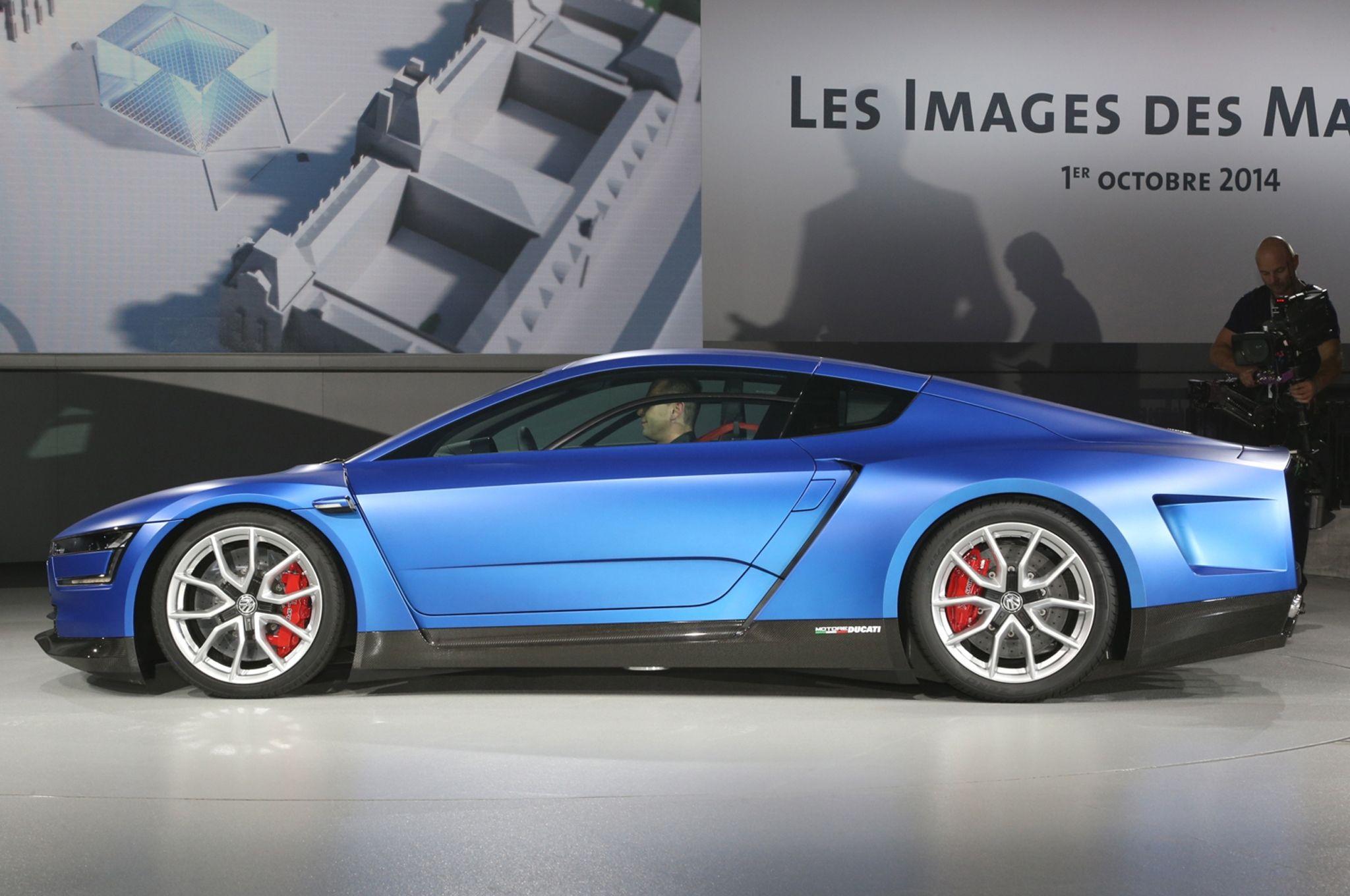 DucatiPowered Volkswagen XL Sport Concept Debuts in Paris