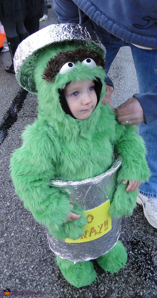 Oscar The Grouch Halloween Costume Contest At Costume