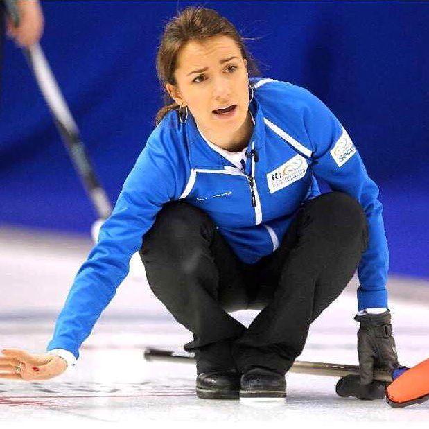 Кто-нибудь уже скучает по кёрлингу и нам на льду,а?!😏😏😏 Does Anybody miss seeing us on the ice?!😏😏😏 #curling #аннасидорова #teamsidorova #annasidorova