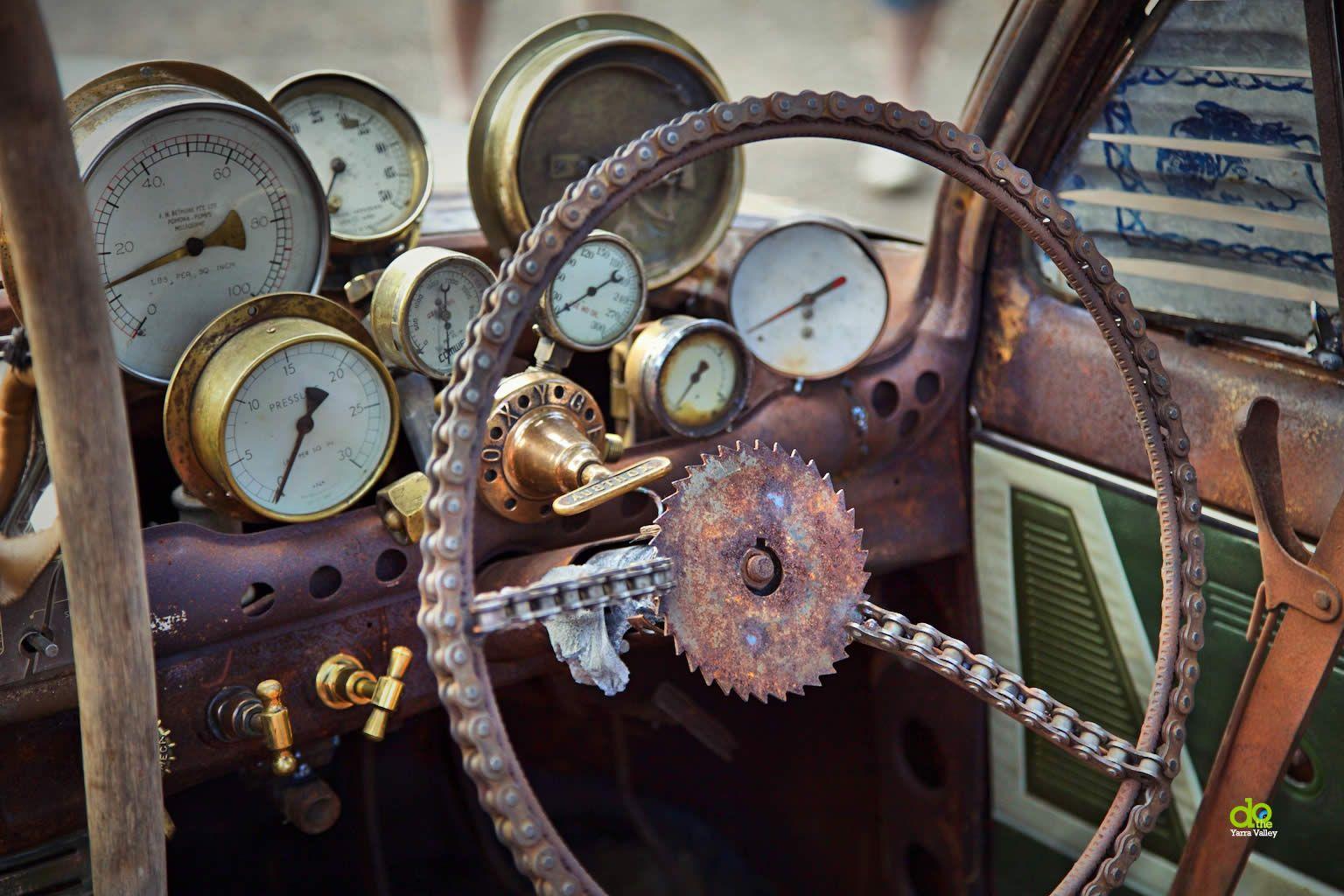 custom auto dash SteamPunkDashWandinCustomCarShow