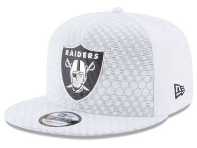 Oakland Raiders New Era 2017 NFL On Field Color Rush 9FIFTY Snapback ... 3c21000fe