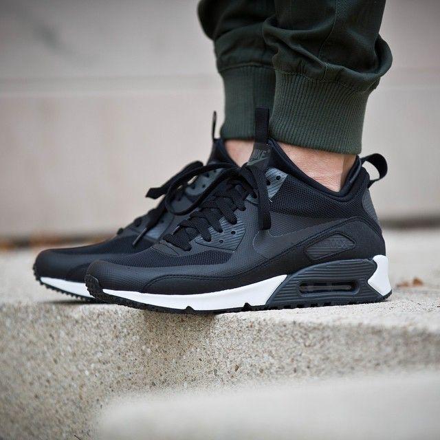 5c68826c19885 Nike Air Max 90 Sneakerboot Black Charcoal