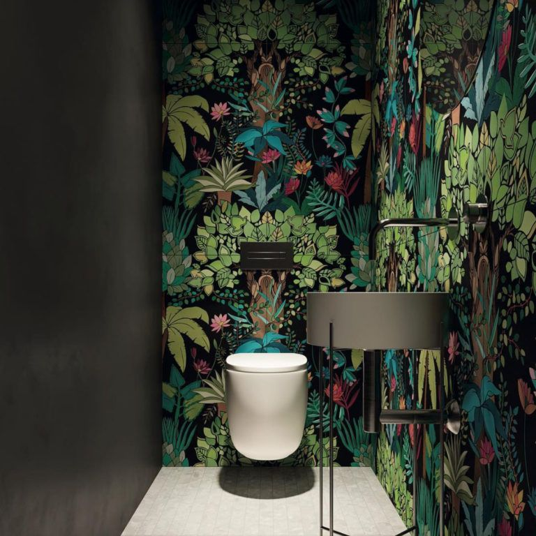Decorating the smallest room in the house: the downstairs loo | Interior Design UK Inspiration #downstairsloo