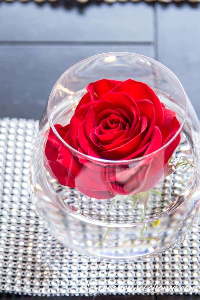 Easy Valentine Day Table Decoration Ideas Valentine Day Table Decorations Valentines Day Decorations Diy Valentine S Ornaments