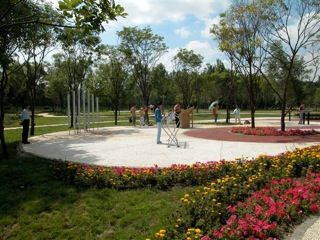 Freenotes Harmony Park Makes An Ensemble Of Outdoor Musical Instruments That Are Accessible To Everyone Regardless Of Harmony Park Musical Instruments Musicals