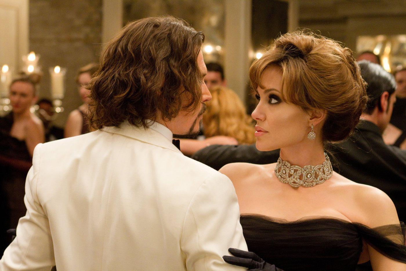 Angie S Rainbow The Tourist Gallery Angelina Jolie Johnny Depp The Tourist Movie