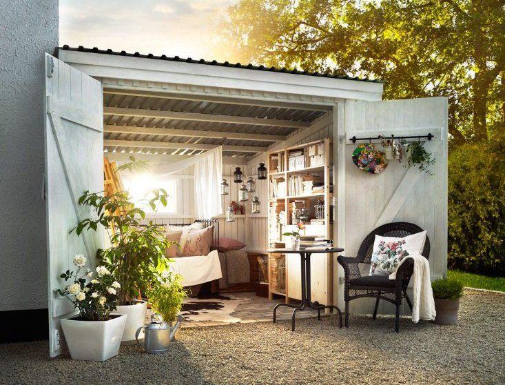 Abri de jardin bois en 50 id es personnalis es qui sortent du lot shed backyard studio - Cabane jardin atelier besancon ...