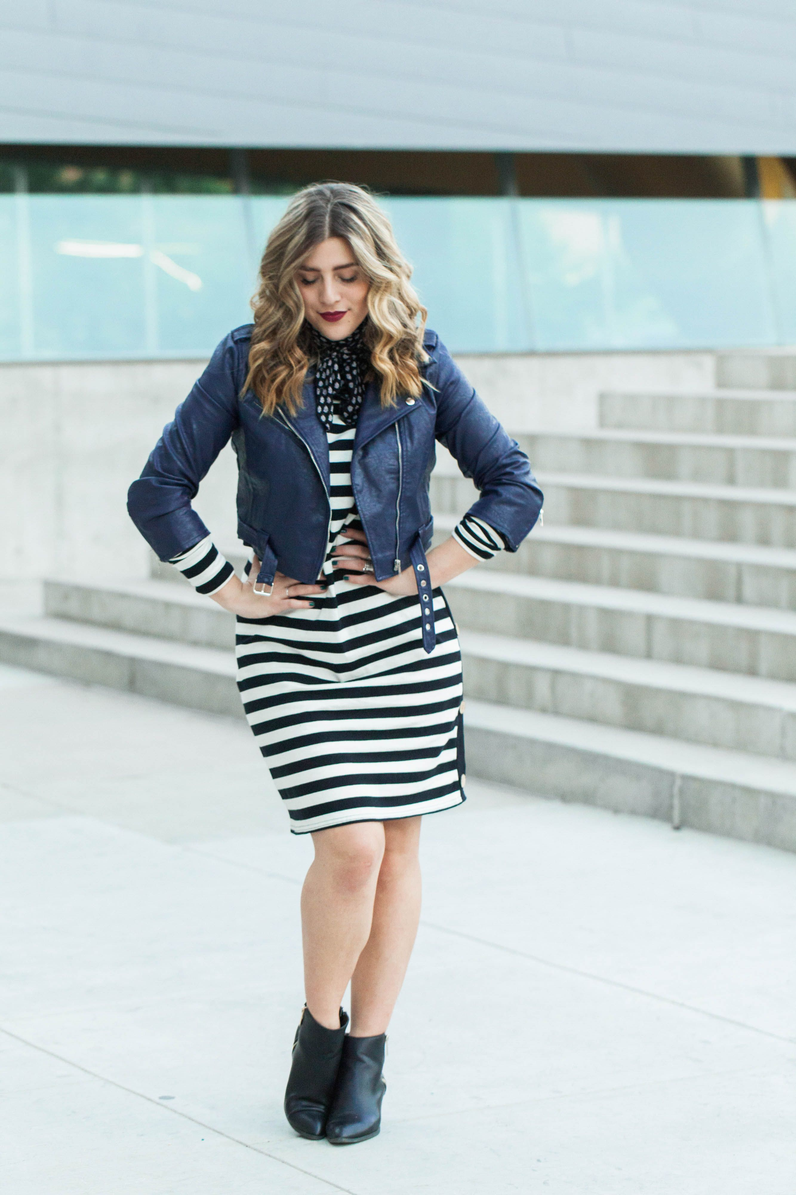 8c84427c7c4  How to Wear Horizontal Stripes