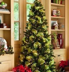 Ideas Para Decorar Tu Pino Navideno 2016 2017 Mesh Christmas Tree Christmas Tree Decorations Beautiful Christmas Trees