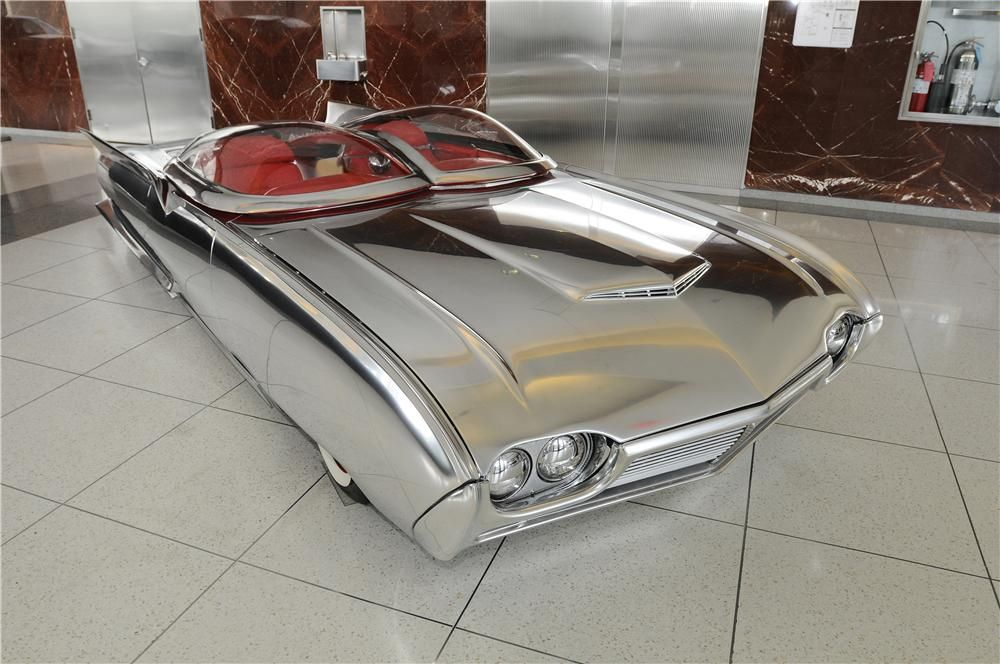 Built by world renowned builder Dean Dino Arnold. Originally a 1961 Ford Thunderbird. Features & Built by world renowned builder Dean Dino Arnold. Originally a ... markmcfarlin.com