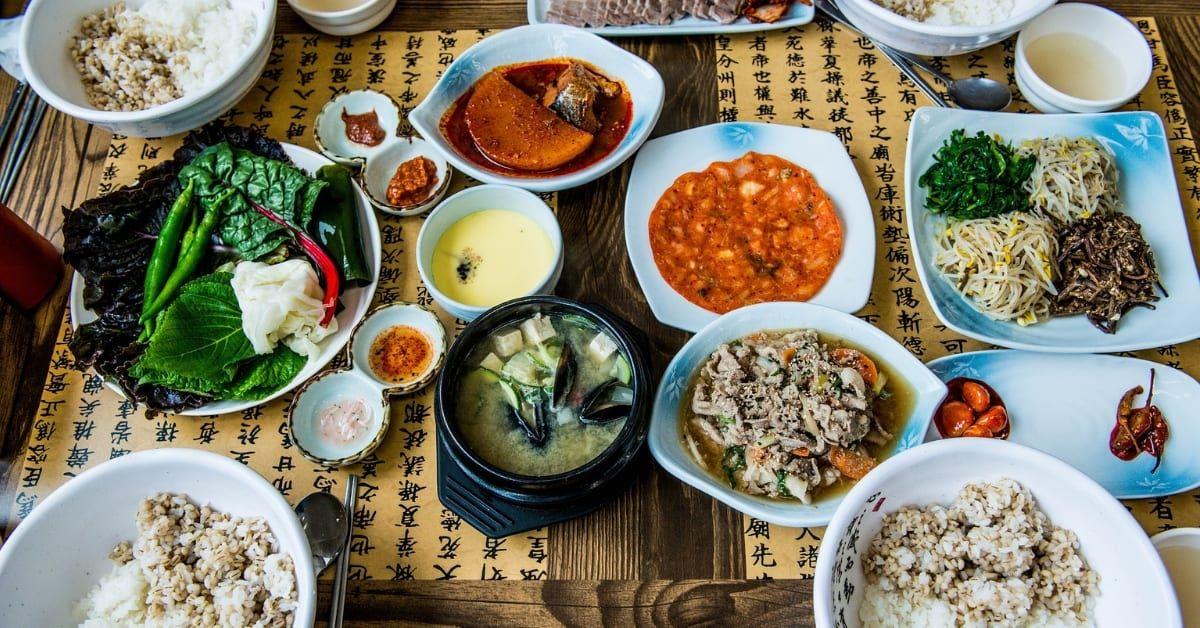 Can T Find Halal Korean Food In Seoul Here Are 10 Popular Muslim Friendly Restaurants Klook Travel Blog Food Korean Diet Korean Breakfast