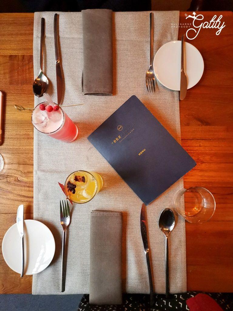 Kulinarne Przygody Gatity Przepisy Pelne Smaku Restauracja Bez Tytulu Wykwintna Kuchnia W Warszawie Table Decorations Decor Home Decor