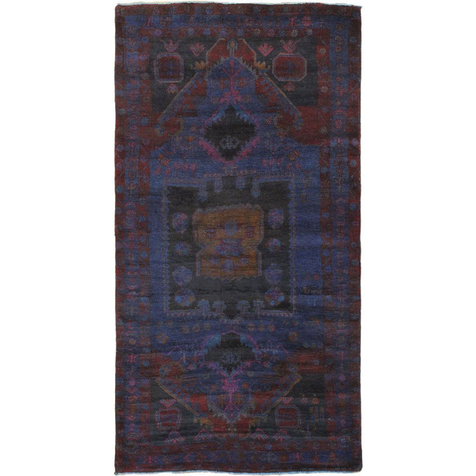 """4'9"""" x 9'3"""" Color Transition Rug In Blue"""