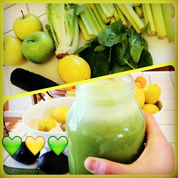 So this was my version of Kristina Carrillo-Bucaram's Secret SoulShine Juice. She used pink lady apples and I don't think she used spinach. But this was all I had so I had to improvise!! Still yummy...a bit too much celery probably but I still like it  find the actual recipe on Facebook.com/fullyrawkristina or Facebook.com/RawfullyOrganic or Facebook.com/kristinacarrillobucaram   #fullyraw #rawfullyorganic #green #eatsyourgreens #drinkyourgreens #nutrition #raw #juice #juicer #juicing…