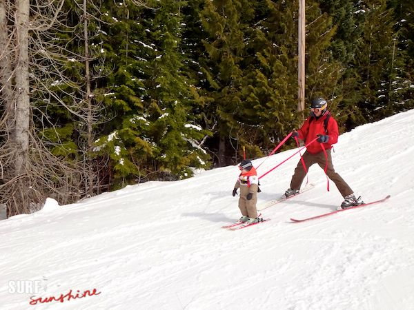 Toddler Shreds The Gnar With The Help Of Whistler Ski School Ski Schools Whistler Ski Skiing