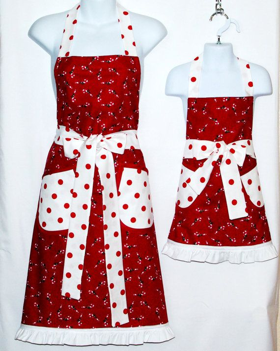 Mommy Apron, Matching Aprons, Christmas Apron, Red Valentine Apron,  Customize With Name