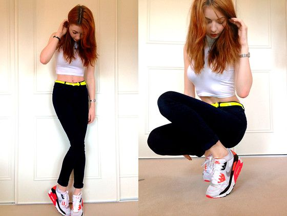 the best attitude bd961 62ddc High Neck Crop Top, High Waist Skinny Jeans, Nike Air Max 90 Hyperfuse  Infrared