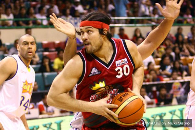Major Pain - Eric Menk One of my All time favorite Ginebra Player