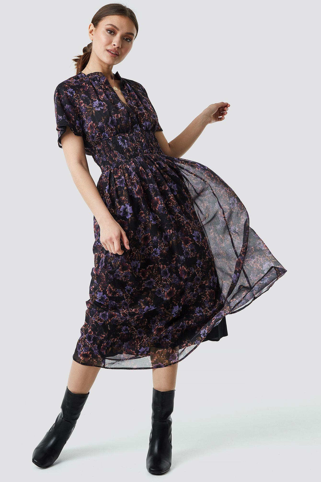 Shirred Detail Flowy Chiffon Dress in 2020 | Chiffonkleid ...