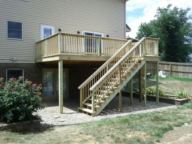 Deck over walk out basement decks pinterest for Walkout basement backyard ideas