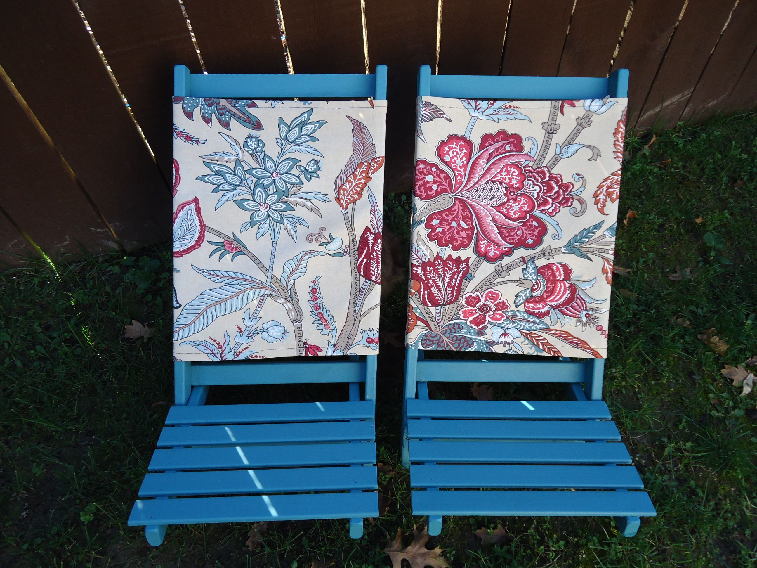 Floral upcycled folding chairs