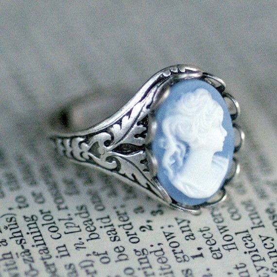 Victorian Trading Co Sz 6 Marcassite /& camée Sterling Silver Ring