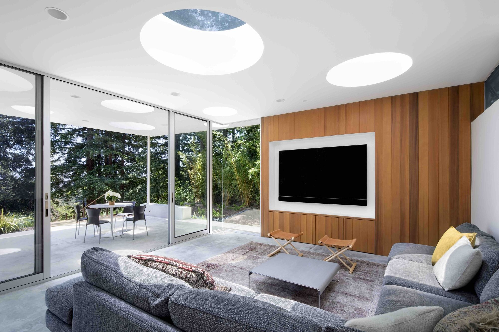Mill Valley Guesthouse / Turnbull Griffin Haesloop