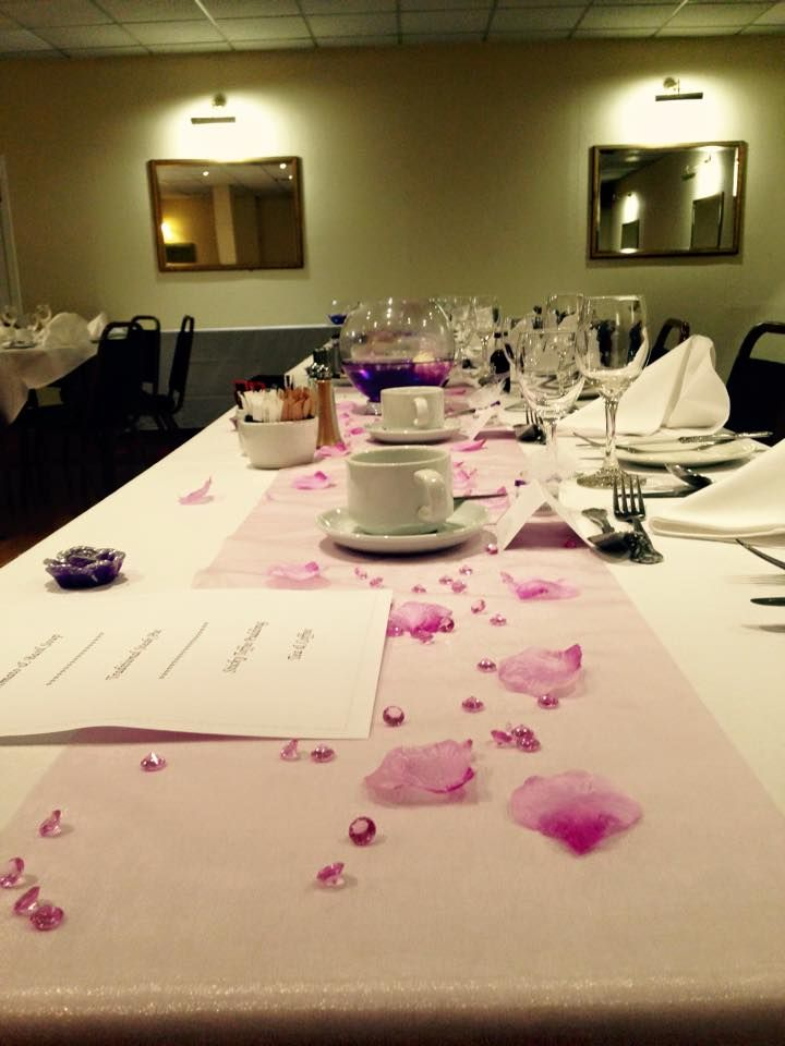 Wedding Table Decorations Rose Petals With Voile Table Runner At