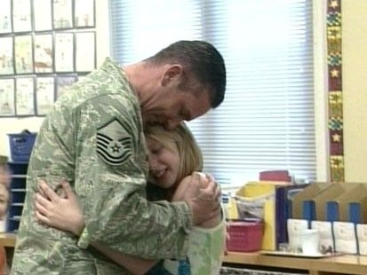 Father Soldier And Daughter Reunion Soldiers Coming Home Coming Home Emotional Photos