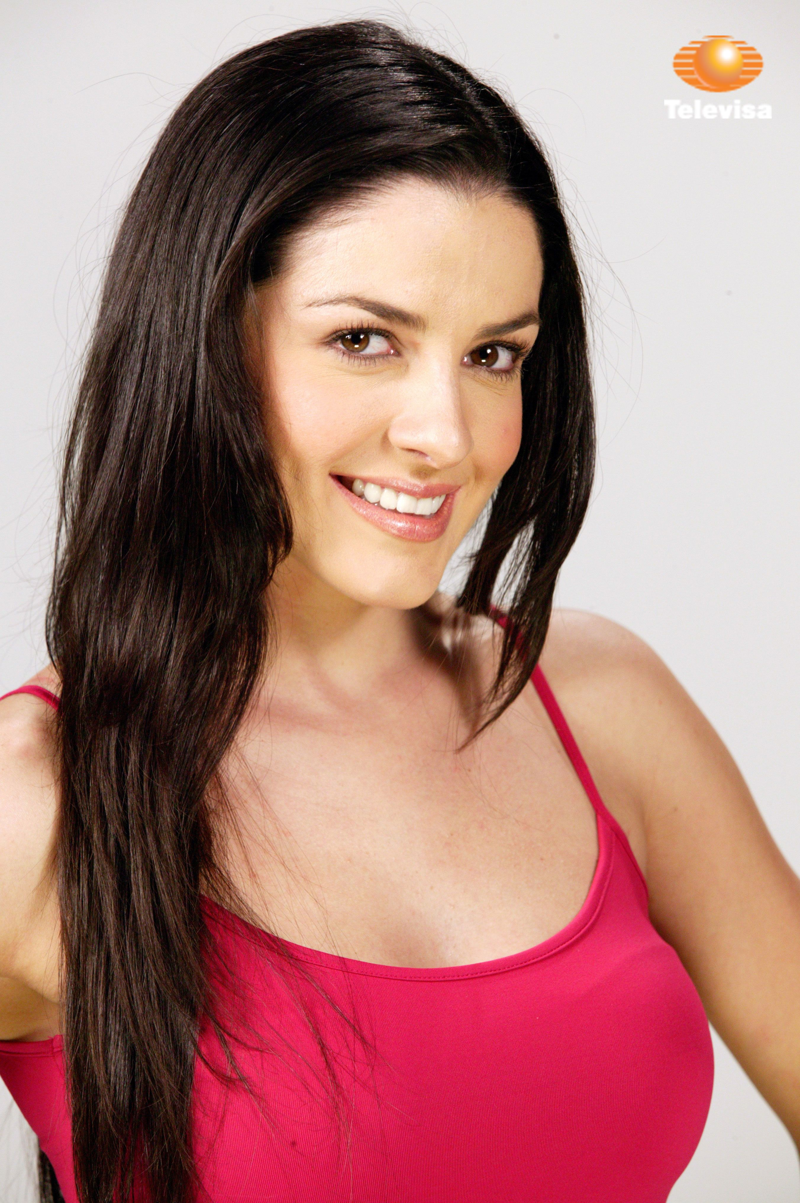 3500 Lidia Avila 7.3 { Puebla, Mexico } } Mexican singer and actress { Info