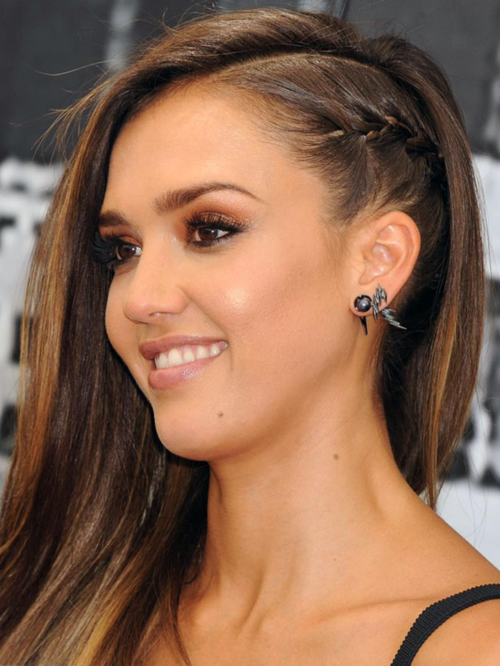 Love Side-Swept Hair? Try a Punky Braid Like Jessica Alba. Grab some hair…