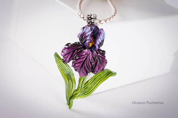 Iris Necklace Lampwork Flower Necklace Iris Flower Pendant Lampwork Glass Pendant Women S Floral Neck Iris Jewelry Lampwork Glass Jewelry Lampwork Necklace