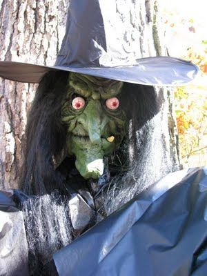 DIY yard witch My Fav HolidayHalloween Pinterest Witches - cheap scary halloween decorations