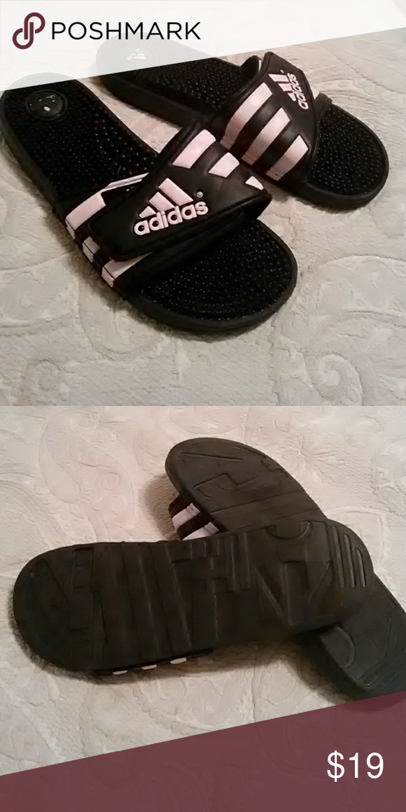 9591d924ee2d Light pink and black Adidas sandals size 10 Women s size 10