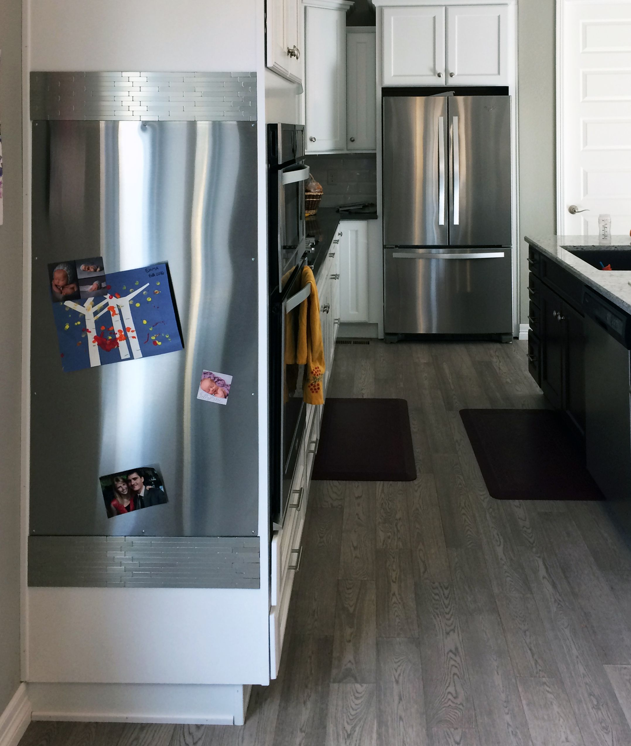 Magnetic Panel Used In Kitchen On Side Of Cabinet In Place Of Fridge Magnetic Panels Magnetic Board Kitchen Contemporary Kitchen Design