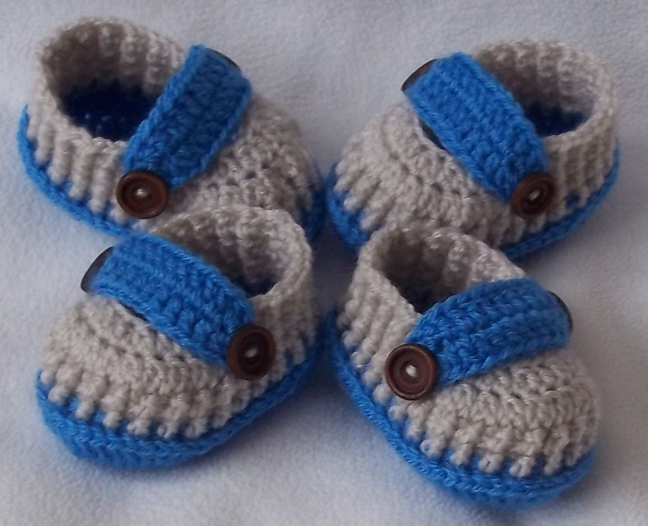 97ba96bd2 Crochet baby shoes set for twins for newborn