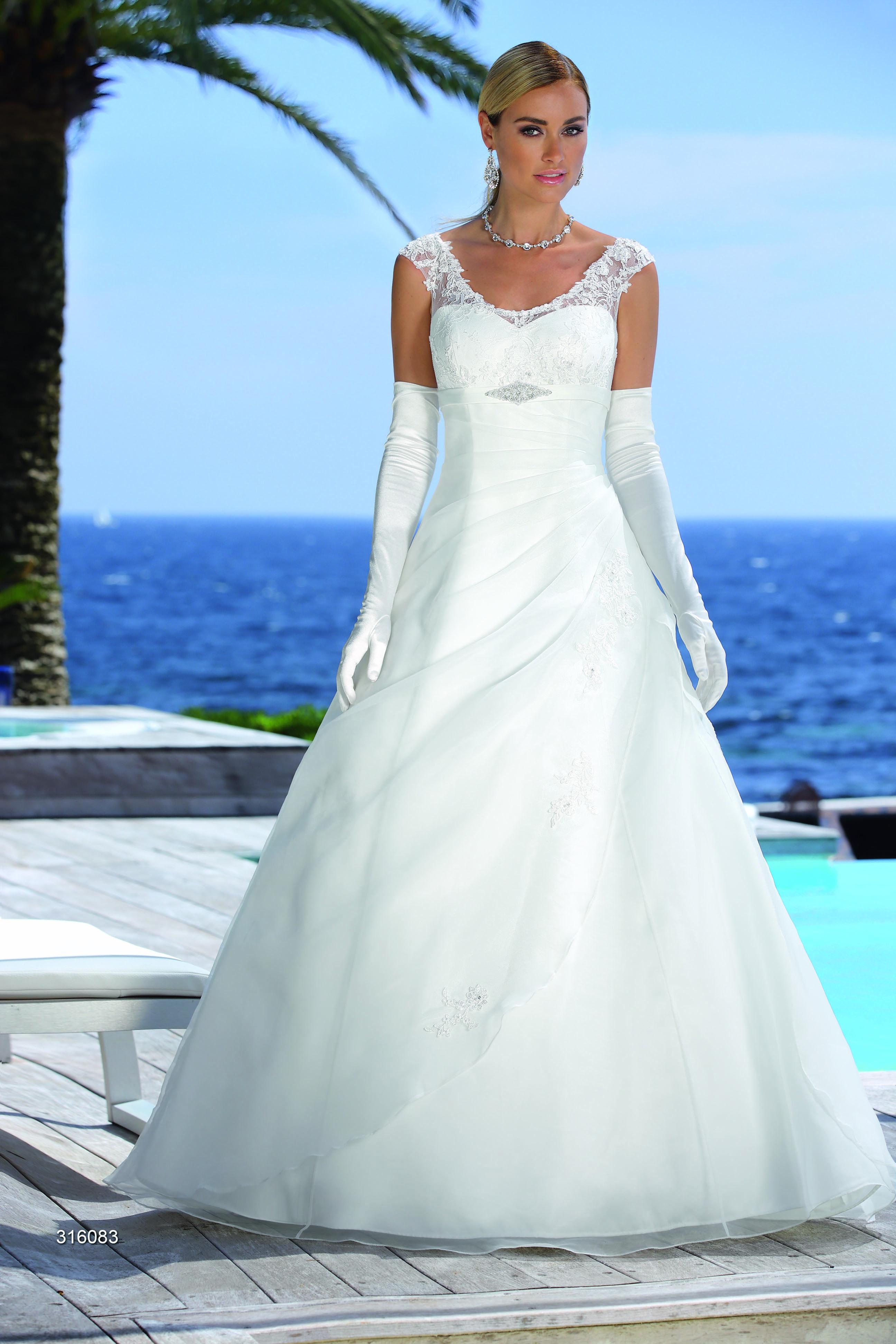 Ladybird Brautkleider 2016 - bei uns erhältlich   Brautkleider ...