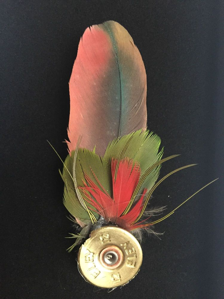 HUNTING SHOOTING FISHING fly tying hat pin PARROT feather lapel brooch gift #22