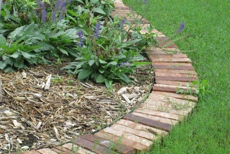 Id e bordure jardin 50 propositions pour votre ext rieur for Bordure de jardin en palette