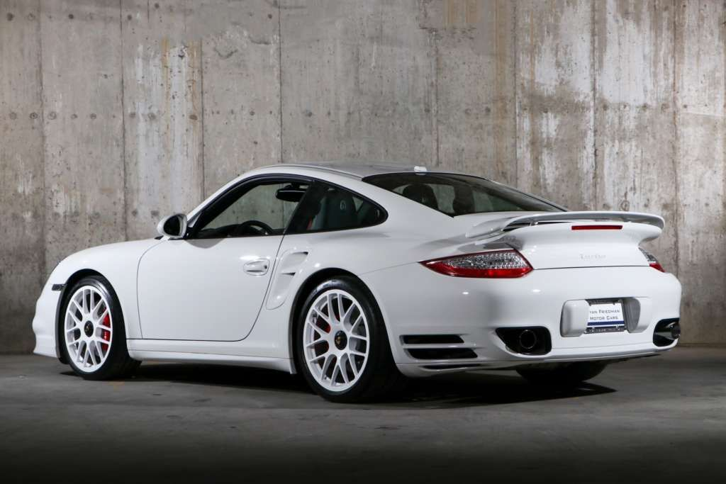 Porsche 997 2 Turbo 2011 Elferspot Com Marketplace For Porsche Sports Cars Porsche 997 Turbo Porsche Motor Car