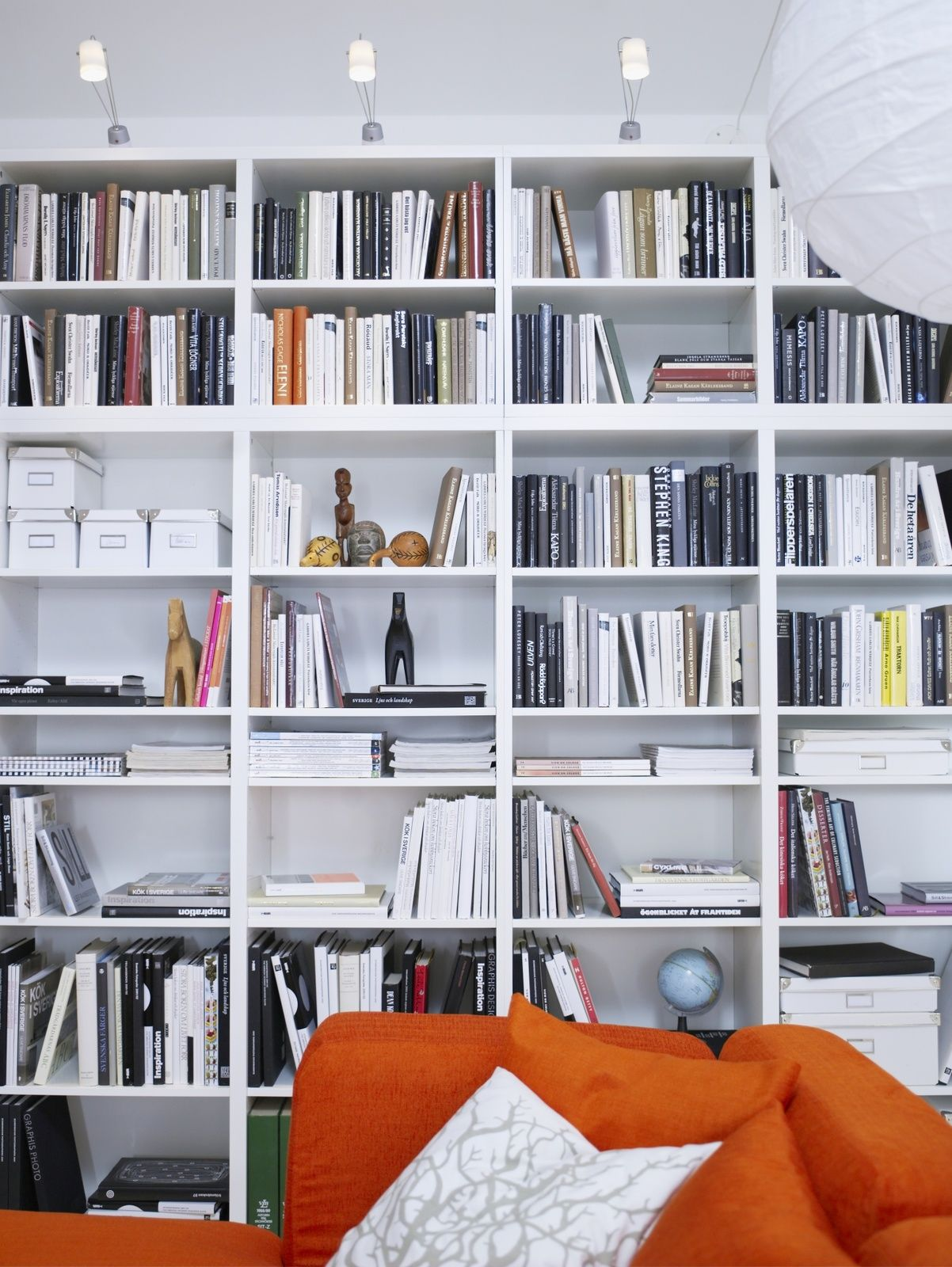 album 8 photos catalogues ikea biblioth ques besta kallax expedit hemnes in 2019. Black Bedroom Furniture Sets. Home Design Ideas