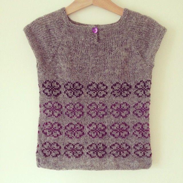 #strikk #strikke #strikking #strikkemamma #babystrikk #barnestrikk #knit #knitting #knitting_inspire #tifostrikk #malsenogmor #shetlandsoft #nøstebarn